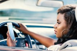 Teen driving accidents- distracted driving