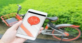 Cellphone using a Bike sharing app
