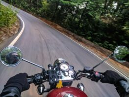 4 Benefits of Motorcycle Mirrors (And How to Make Full Use of Them)